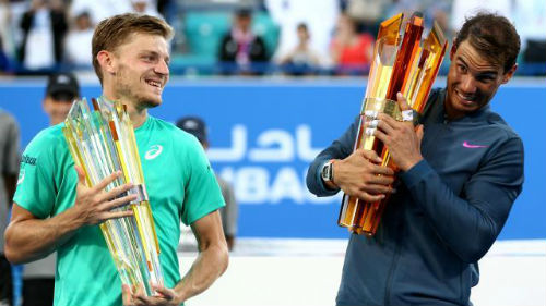"""Nadal & """"cú poker"""" ở Abu Dhabi: Danh hiệu nhỏ, niềm tin lớn"""