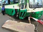 Tin tức trong ngày - Ngày đầu năm, 33 người tử vong vì tai nạn giao thông