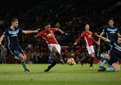 West Ham – MU: Đón tân niên tưng bừng - 1