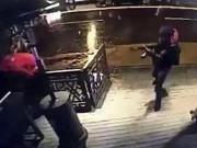 Thế giới - Video: Kẻ tấn công hộp đêm Istanbul xả súng bắn đám đông