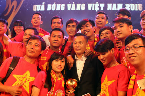 """Thành Lương, """"vua Quả bóng vàng VN"""" tiết lộ về kỷ lục"""