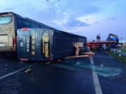 Tin tức trong ngày - Tông xe liên hoàn trên cao tốc Long Thành, ít nhất 1 người chết
