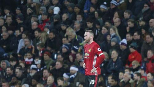 Rooney bị lãng quên ở MU: Cánh cửa hẹp sắp đóng lại