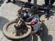 Xe máy dính chặt gầm xe bồn, cụ ông 81 tuổi chết thảm