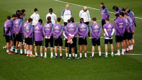 Real Madrid – Granada: Leo đỉnh Everest từ hôm nay - 1