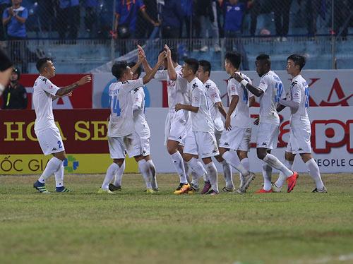 Hà Nội – Than Quảng Ninh: 5 bàn thắng và 2 siêu phẩm - 1