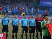 Bóng đá - Trọng tài gây bão vì quả 11m ở Hàng Đẫy, Quảng Ninh bức xúc