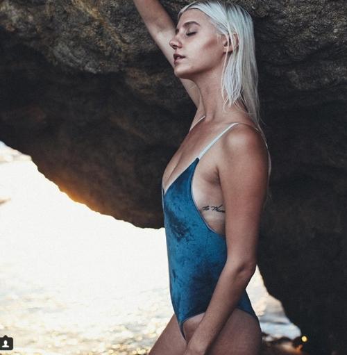 """Bikini bằng nhung sẽ """"thống trị"""" bãi biển năm 2017? - 5"""