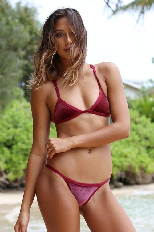 """Bikini bằng nhung sẽ """"thống trị"""" bãi biển năm 2017? - 13"""
