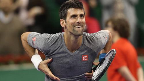 Djokovic đập vợt & đổ máu để Murray đứt mạch thắng