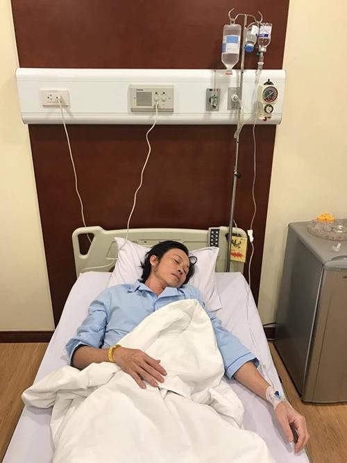 Hoài Linh bất ngờ nhập viện cấp cứu trong đêm