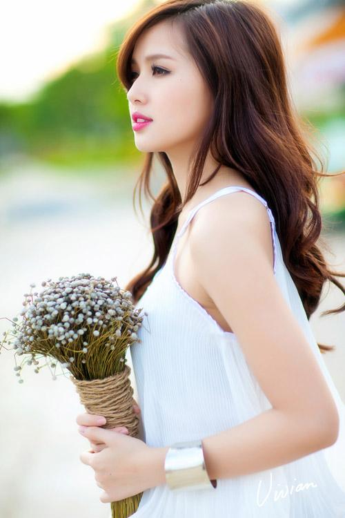 Hot girl xinh như Tâm Tít diện nội y khoe bụng bầu 9 tháng - 3