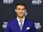 """Bóng đá - Hay nhất năm, Ronaldo """"đá xoáy"""" Barca và Messi"""