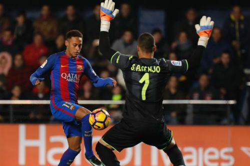 """Barcelona sa sút: Neymar """"cùn mòn"""" và nỗi sợ xa nhà"""