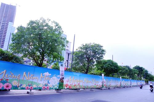 """Đàn gà """"khủng"""" sắp xuất hiện trên đường hoa Nguyễn Huệ - 10"""