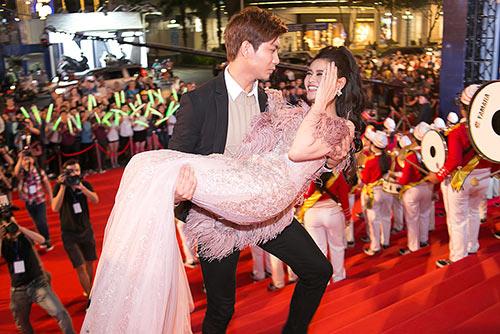 5 cặp đôi Việt yêu tỷ năm vẫn chưa chịu cưới - ảnh 2
