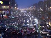 """Tin tức trong ngày - HN: Mưa tầm tã giữa mùa đông, đường phố ùn tắc """"nghẹt thở"""""""