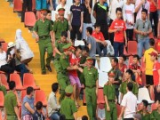 Bóng đá - Xử phạt nặng hành vi phản cảm làm cho bóng đá xấu xí