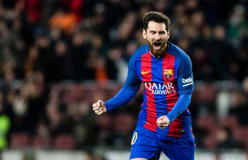 """Barca - Messi: Người hùng trên sân, """"rạn nứt"""" ngoài sân"""