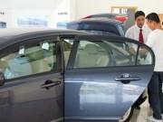 Thị trường - Tiêu dùng - Người Việt mua hơn 300.000 ô tô trong năm 2016