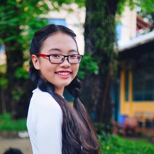 Ngắm nhan sắc của 3 cô bé 14 tuổi hát Bolero tuyệt hay - ảnh 5