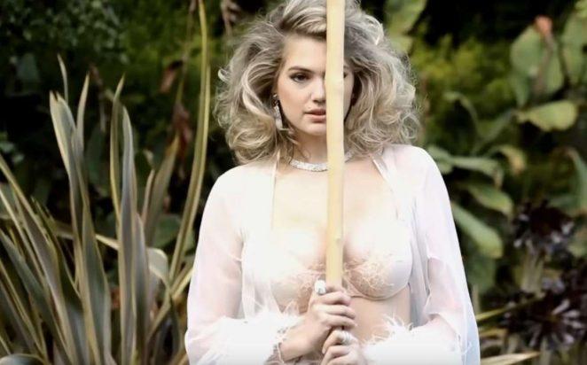 Mẫu béo Kate Upton hóa thân xuất thần, siêu giống Marilyn Monroe - ảnh 1