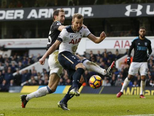 Tottenham - West Brom: Hat-trick và phản lưới nhà - ảnh 1