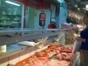 Thị trường - Tiêu dùng - Vì sao giá lợn hơi giảm, giá thịt bán vẫn cao?