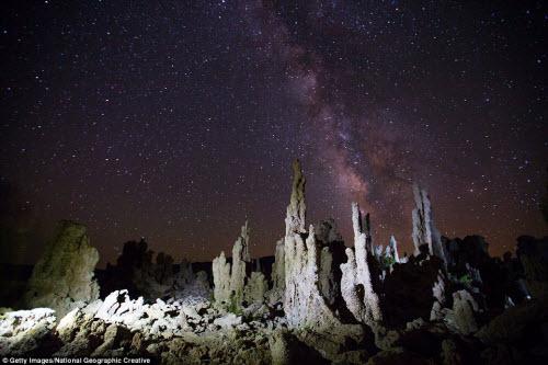 Ngắm những tháp đá độc đáo như trên hành tinh lạ - 1