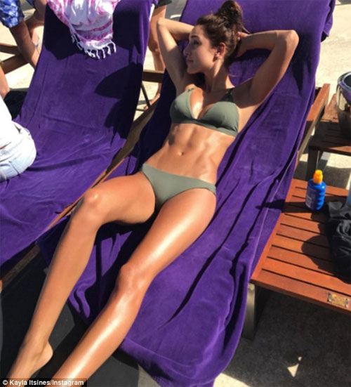Hot girl phòng gym lộ bí quyết hình thể sexy hoàn hảo