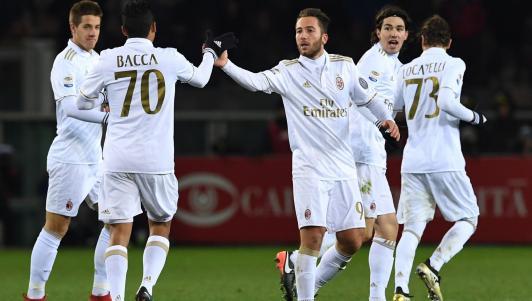 Torino - AC Milan: Cầm vàng lại để vàng rơi