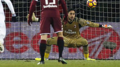 Torino - AC Milan: Cầm vàng lại để vàng rơi - 1