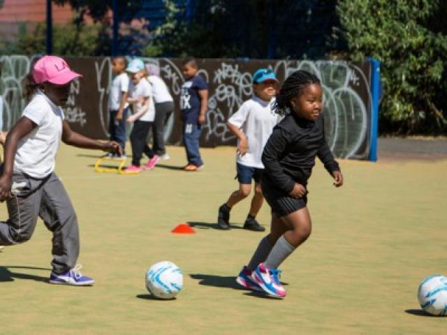 Đóng cửa 1 trường học miễn phí ở London vì chỉ có 60 học sinh