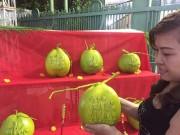 """Thị trường - Tiêu dùng - Trái cây tạo hình """"độc"""" ra chợ tết Sài Gòn"""