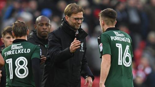 """Plymouth – Liverpool: Bắt buộc phải """"khai xuân"""" - 2"""