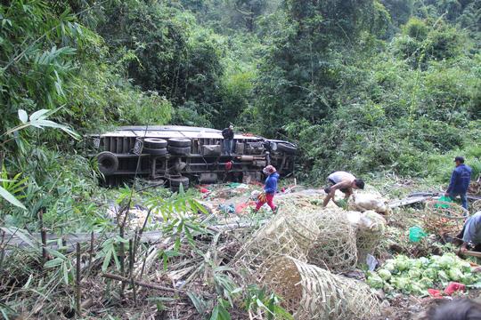 Tin mới nhất vụ tai nạn liên hoàn ở đèo Bảo Lộc - 1