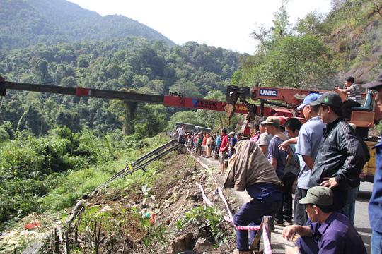 Tin mới nhất vụ tai nạn liên hoàn ở đèo Bảo Lộc - 2