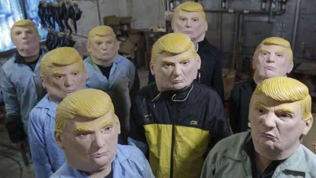 Công ty Trung Quốc kiếm bộn tiền nhờ bán mặt nạ Trump - 2