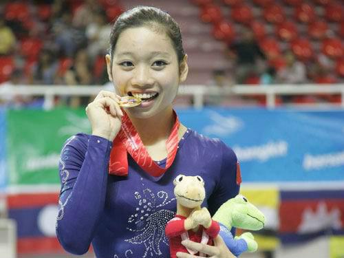 Tin thể thao 19/1: Hà Thanh giải nghệ đi học đại học