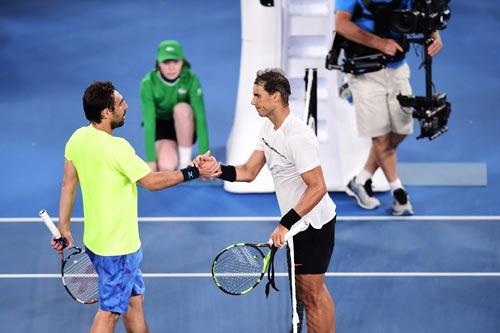 Australian Open ngày 4: Dimitrov ngược dòng, Raonic thắng dễ