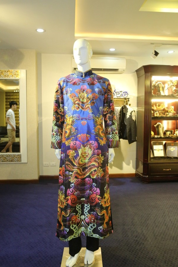 Ngắm gần Hoài Linh gầy gò diện phục trang táo quân nặng hơn 10kg - 6