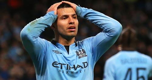 """Man City bán Aguero, tin cậy """"truyền nhân Ro béo"""""""