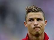 Bóng đá - Siêu phẩm bị từ chối: Messi vắng mặt, CR7 3 lần mừng hụt