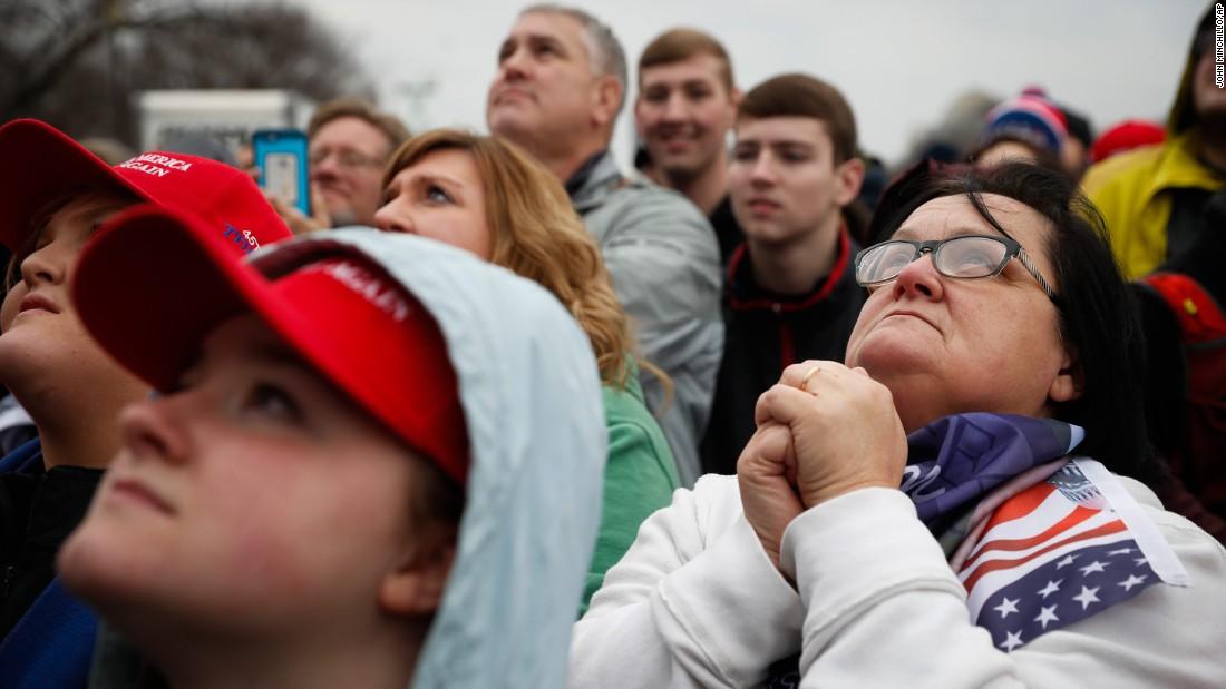 Donald Trump nhậm chức: Những hình ảnh ấn tượng nhất - 3