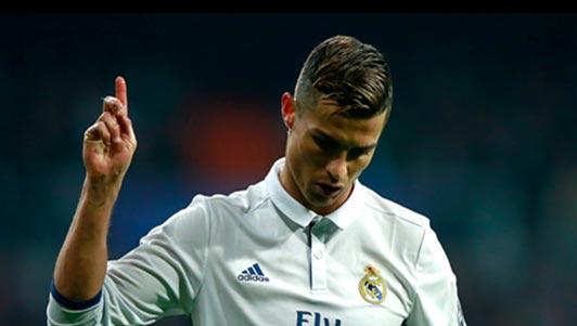 """Ronaldo """"đổ đèo"""" phong độ, Real hết đường dựa dẫm"""