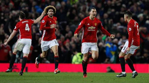 "Stoke City – MU: Tranh thủ ""hái điểm"" - 1"