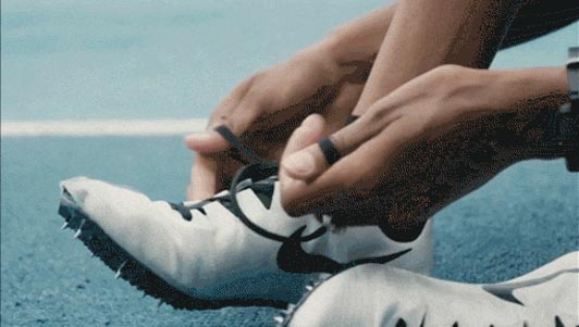 """4 cách thắt dây giày siêu nhanh lại """"độc"""" và đẹp"""