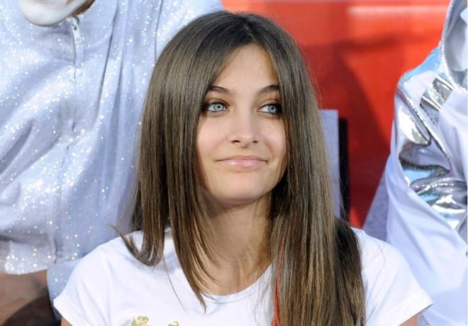 Ngất ngây vì vẻ đẹp nổi loạn của con gái Michael Jackson - 11