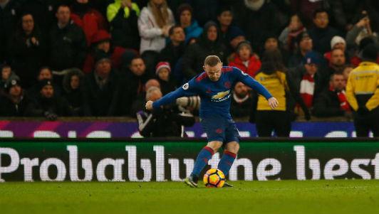 MU: Vừa lập kỷ lục, Rooney được mời lương 28 tỷ đồng/tuần