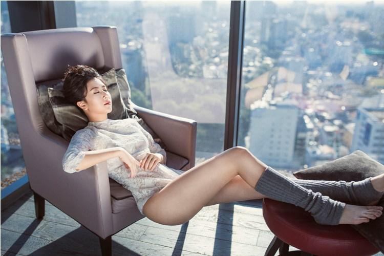 Hot girl quỳnh anh shyn mặc bodysuit khoe chân thon dài tuyệt đẹp - 2